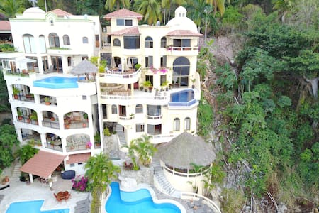 Ocean Front Villa on Puerto Vallarta Bay-Staffed - Puerto Vallarta - Ev