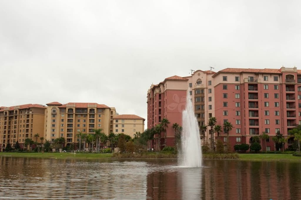 Bonnet Creek Resort Lake