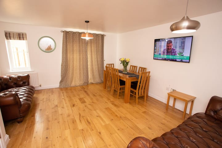 *Oxley Comfy House - Quiet location, Parking*