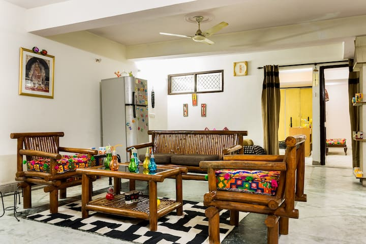 Art House! - New Delhi - Apartment