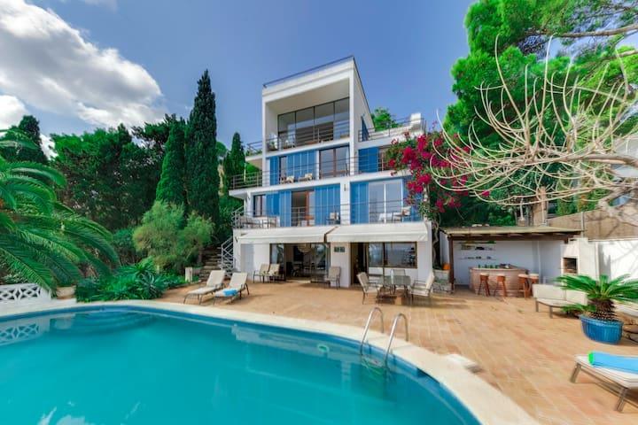 Sea view and pool - Casa Las Brisas