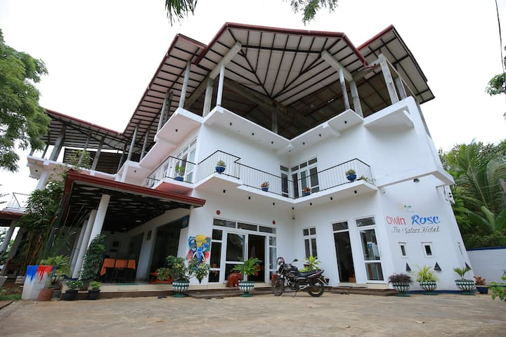 Owin Rose Yala Safari Hotel