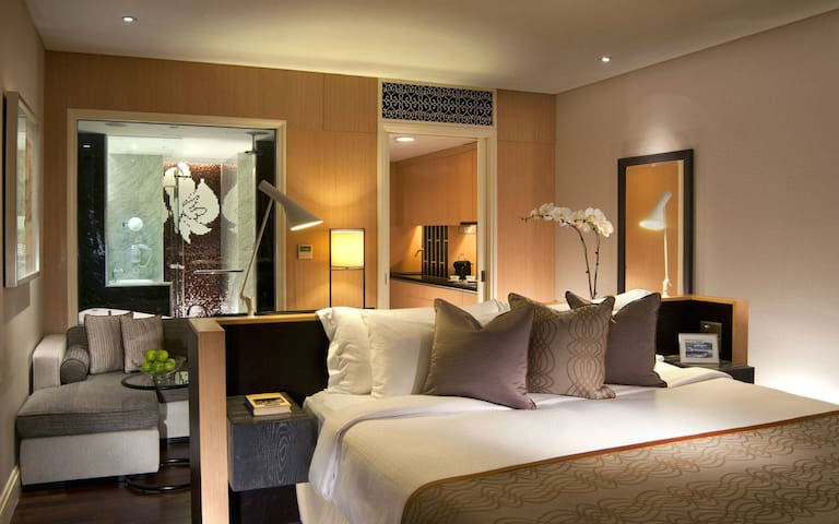 A slice of Heritage in the City/Cutler Suite Promo - Singapore - Hotellipalvelut tarjoava huoneisto