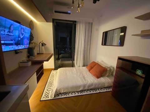 BSD~NEXT TO AEON mall warm n cozy studio @skyhouse