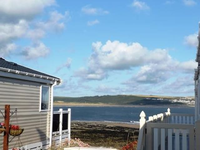 Sea view caravan situated on popular holiday park
