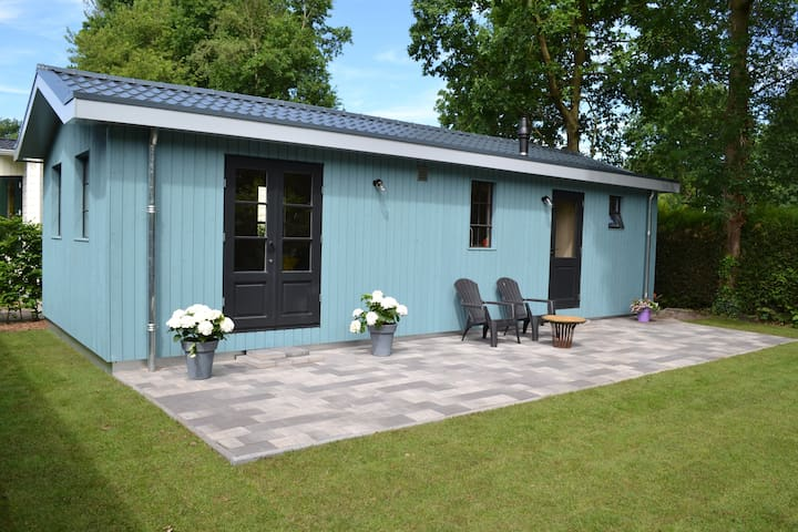 Te huur nieuw sfeervol houten huisje in Drenthe