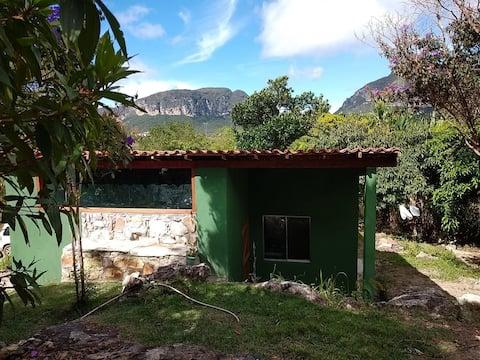 Casa de Campo com lindo jardim 1 quarto
