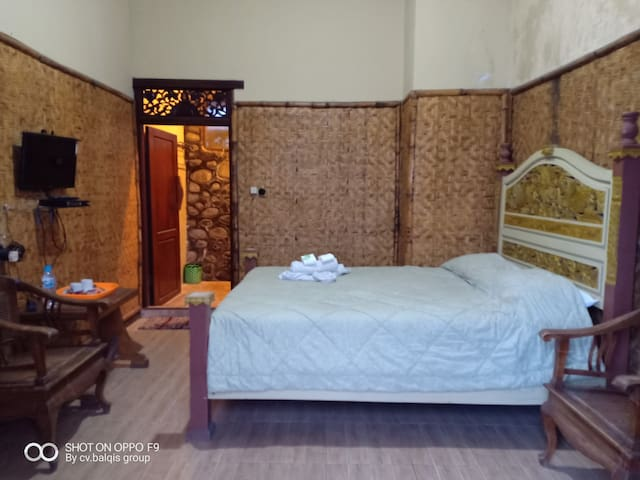 AUTHENTIC  Hotel PONDOK WISATA ADAS 3 Near Bromo