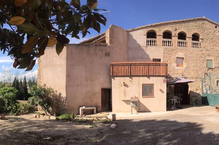 GIRONA - COSTA BRAVA : Casa rural (masia catalana) - Sant Joan de Mollet - Hus