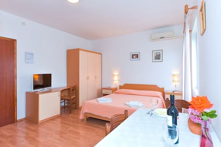 ADRIA APARTMENT studio - Biograd na Moru - Apartment
