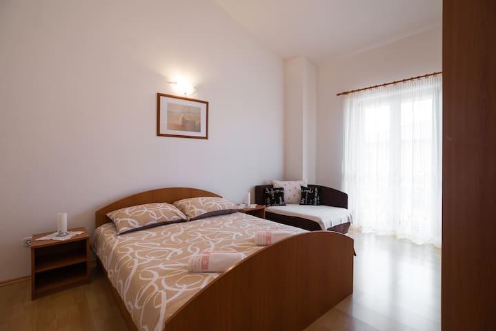 Apartment Lorena 5 - Poreč - Villa
