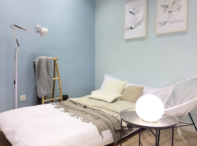 Bright studio MongKok nxt to LanghamPlace 旺角 朗豪坊