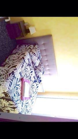 Chambre calme et confortables
