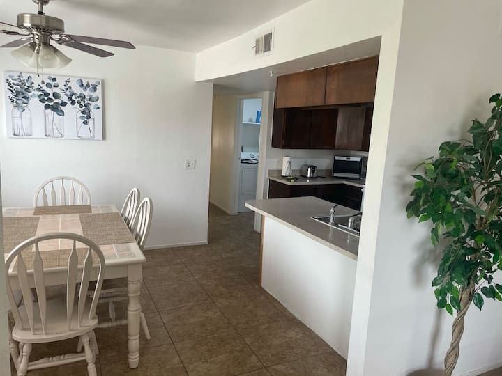 Entire Apartment close to Downtown Las Vegas!