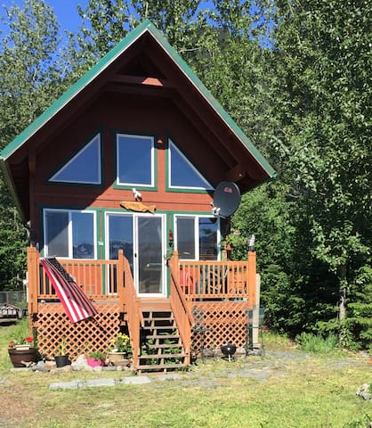 GLAMPING CABIN with BAY VIEW at Lowell Point