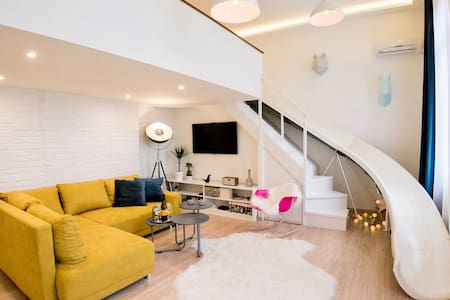 NEW Playful Stylish Apartment - Budapest - Lejlighed