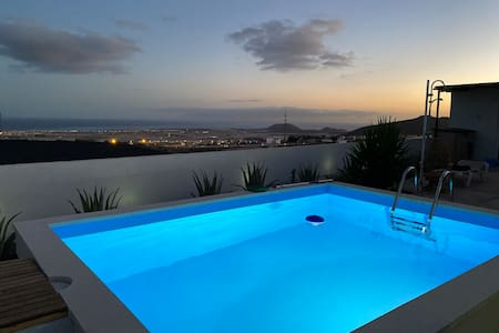 Leicht & Friends Tenerife Sur