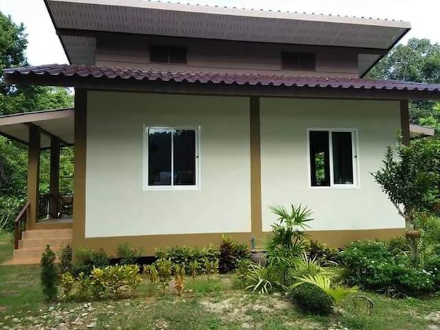 Coco house garden