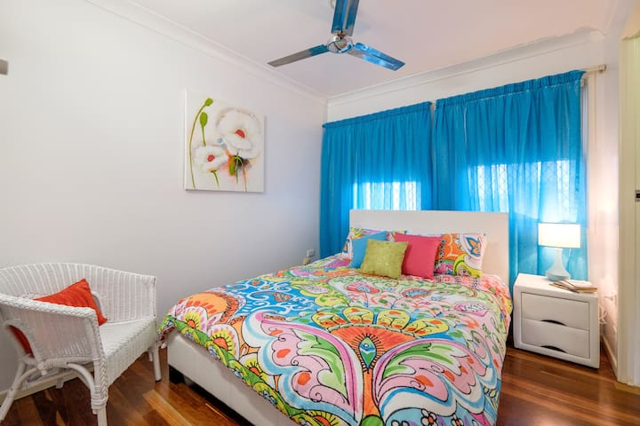 Southside Central Unit - Walkervale - Apartamento