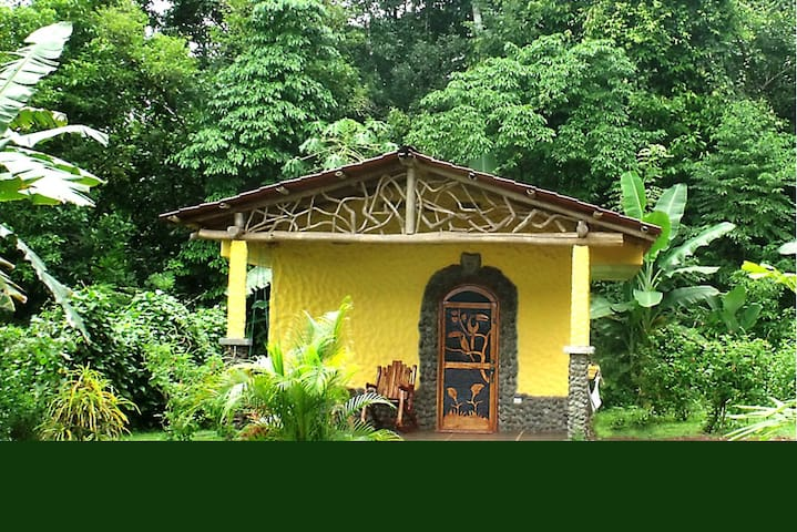 Tucano Rainforest Casita with Hot Springs - Aguas Zarcas - Bungalow