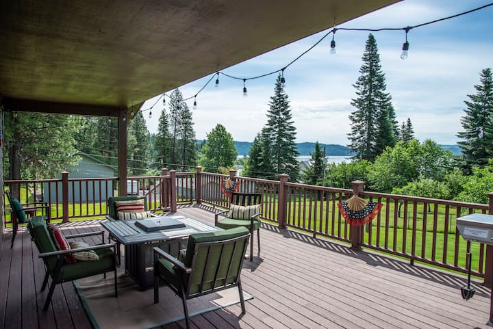 Appaloosa Escape in Rockford Bay with great Views