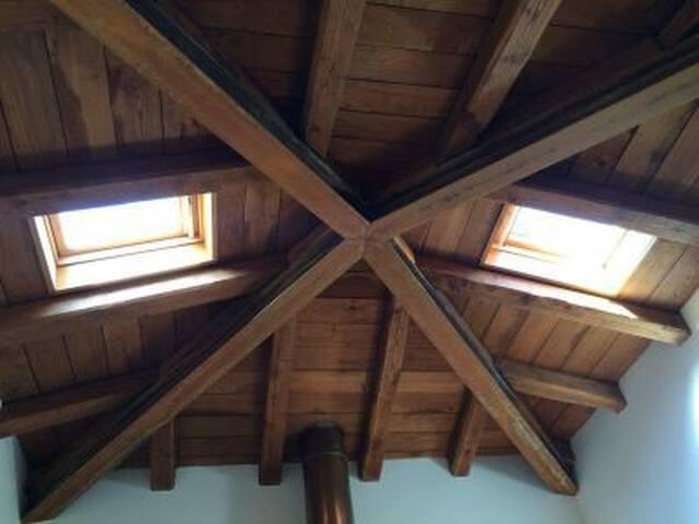 Soffitto in legno ventilato