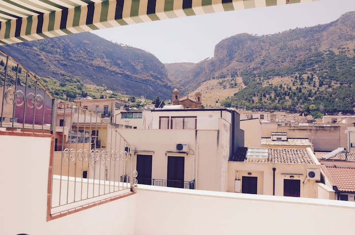 Beautiful flat overlooking Castellammare
