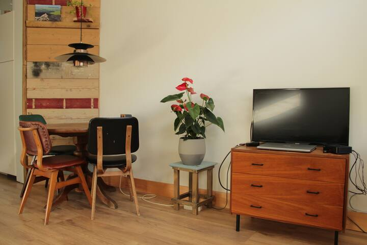 Utrecht, private house. 5 min from centre by bus