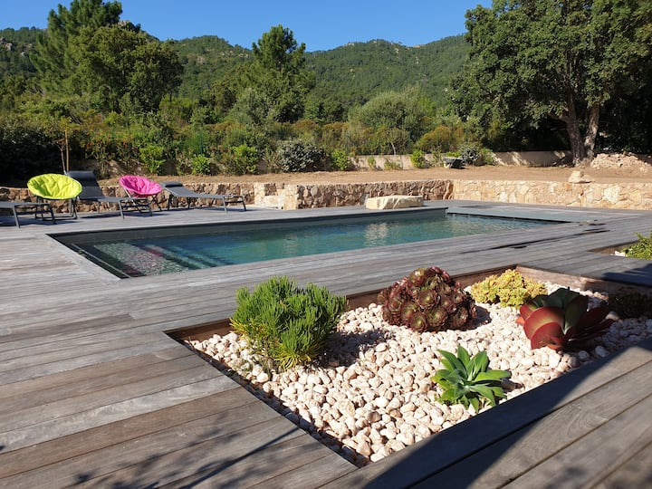 Villa avec piscine à Sainte-Lucie de Porto-Vecchio