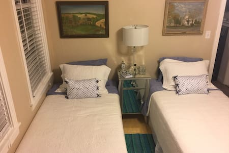 Lake Worth Cozy Cottage - Lake Worth - Rumah