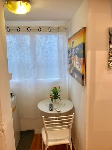 Top Location. A27. Central TLV. Small studio apt.