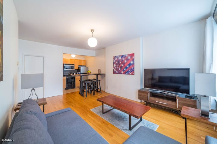 Central & Stylish 1 Bedroom Apt - Heart of Chelsea