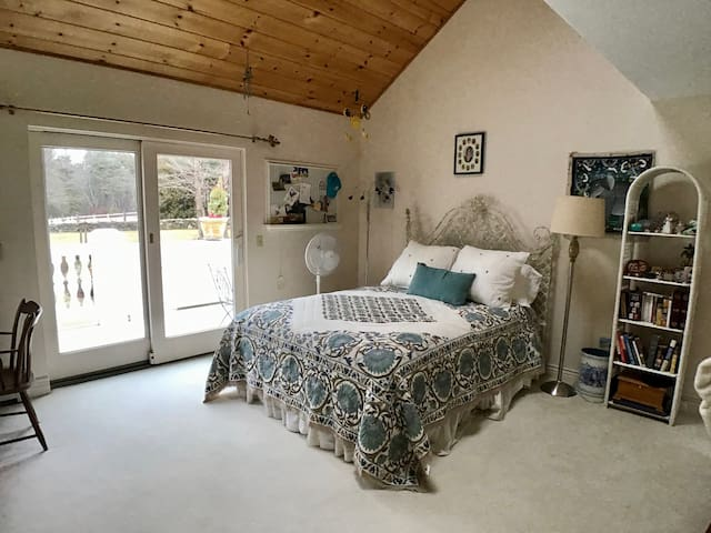 Queen bedroom with private bath and jacuzzi and private deck