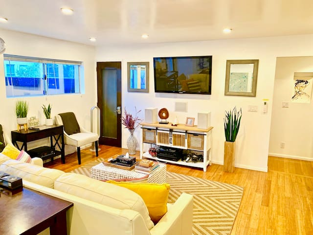 ❤️Beach Gem w/Patio, steps to Abbot Kinney &Canals