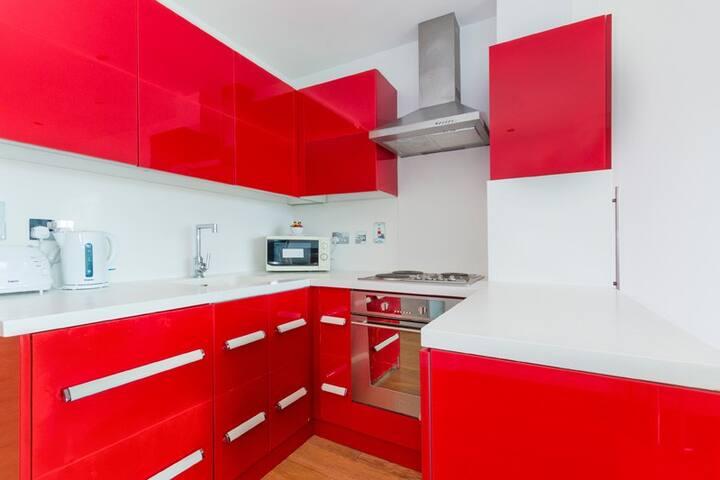 Bright Spacious Apartment near Tower Bridge - Londres - Pis