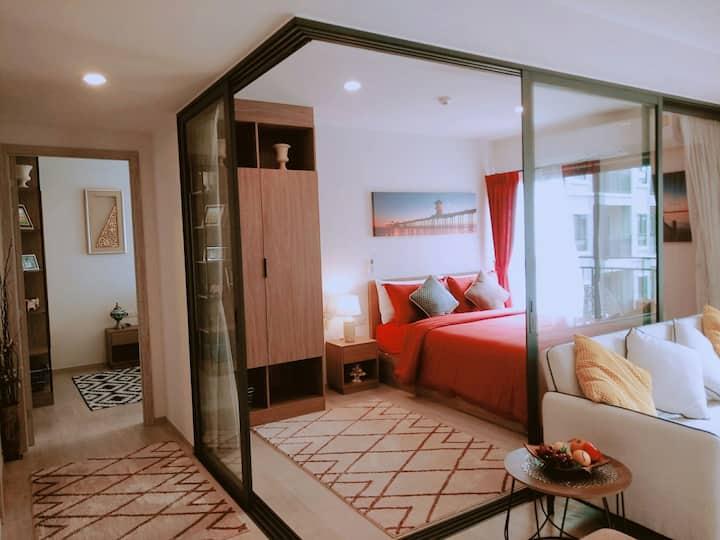 La Casita Hua Hin. Two Bed Condo with great views