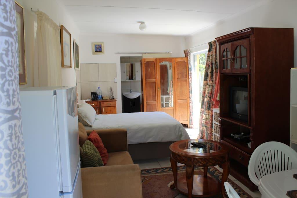 Room 3 Inside