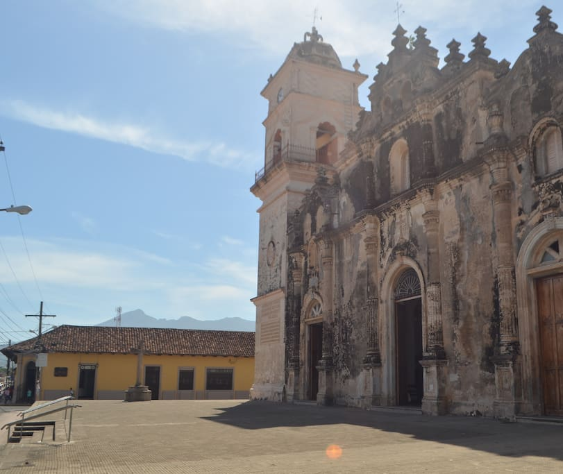 View of Iglesia la Merced and the house