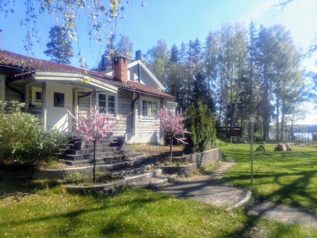Härligt boende för arbete och fritid nära  Uppsala