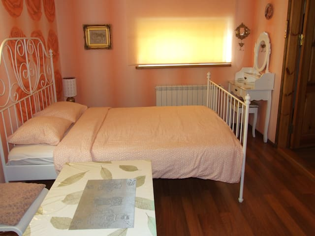 Wonderful Studio in park Old Town + free parking
