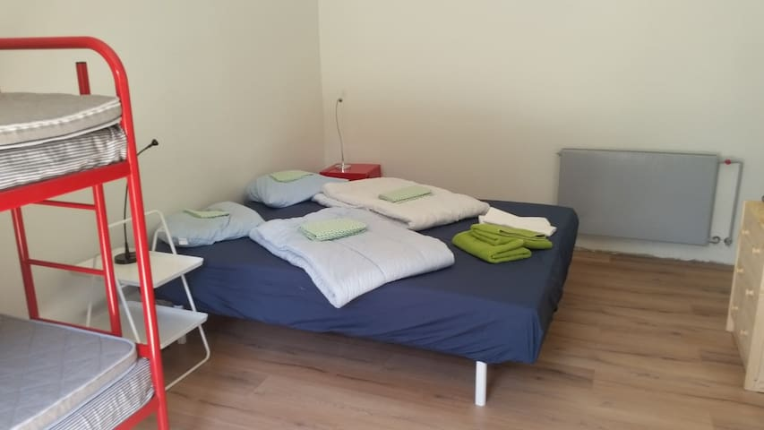 A1 Double bed and bunk