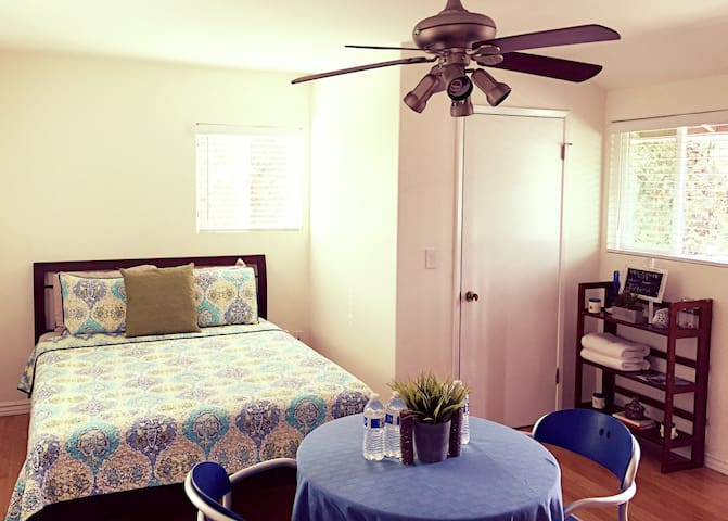 Private, Spacious & Cozy Studio! - Santa Barbara - Hus