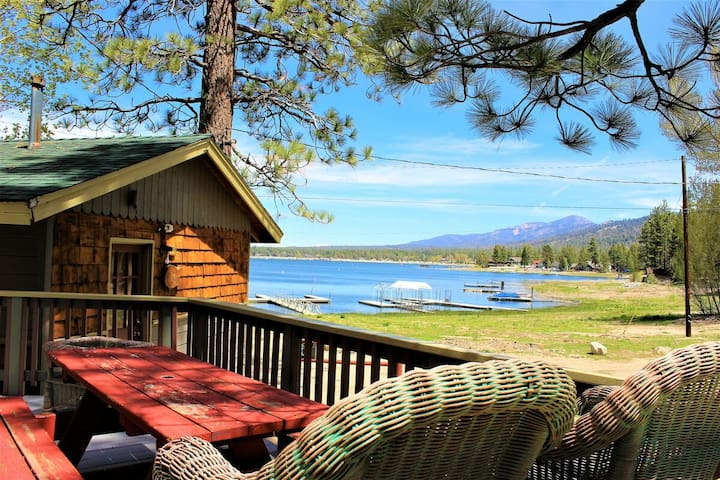 Lonepine Cabin Lakeside Resort Unit w/ Spectacular Views- Boat Dock/Lake Access