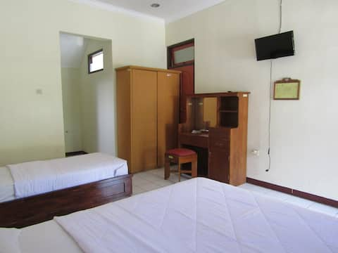 Affordable Family Suite at Hotel BIP Tawangmangu