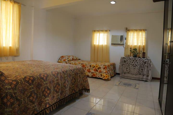Private Room for 3 in Mandurriao, Iloilo City (#2)
