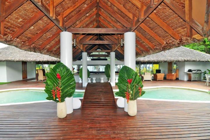 Vanuatu Luxury Home