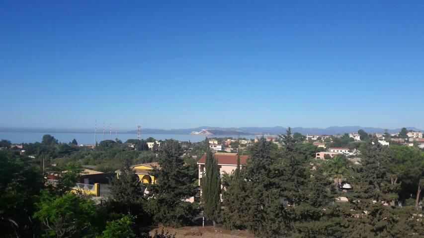 Appartamento vista mare e montagna