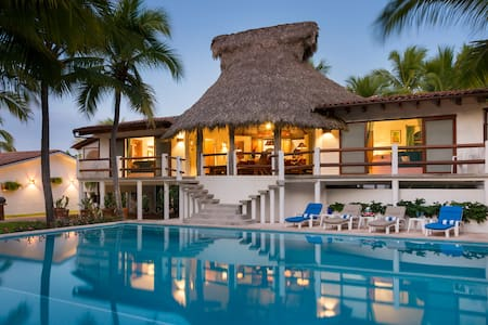 Serenata del Mar Private Luxury Beach House