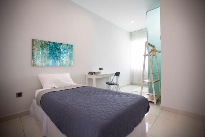 Penang 56 Residence Single Suite