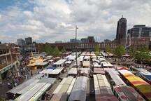 zaterdag grote versmarkt met duizenden internationale bezoekers